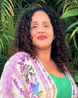 Yolanda (Fluent in Spanish & English) Mendoza